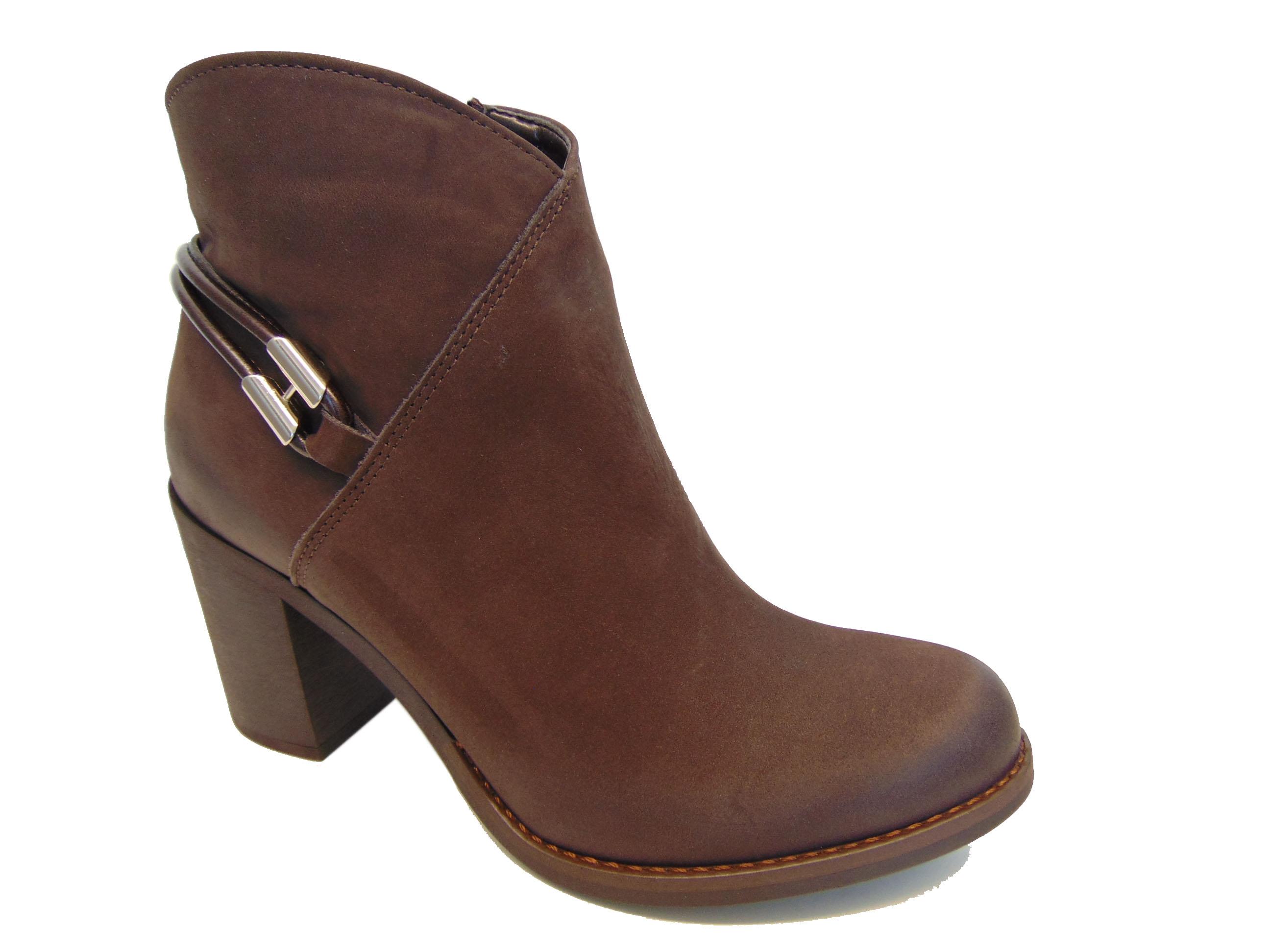 178c0bcda019c1 Skórzane botki Gamis 3508 brązowe | Buty damskie na lato, sandały ...