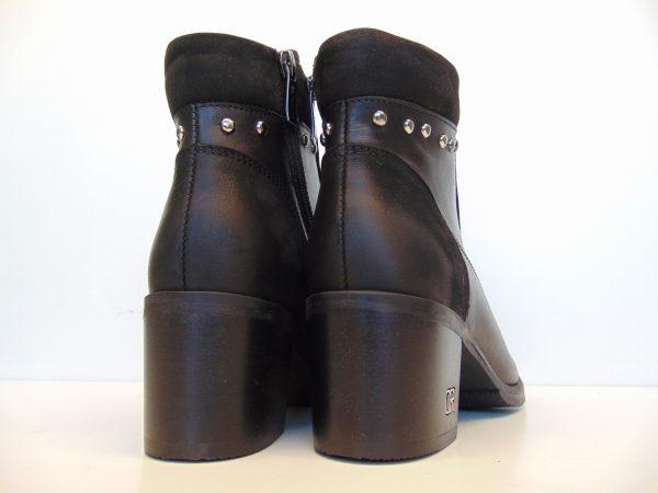 Botki Carinii B4589-E50 czarne