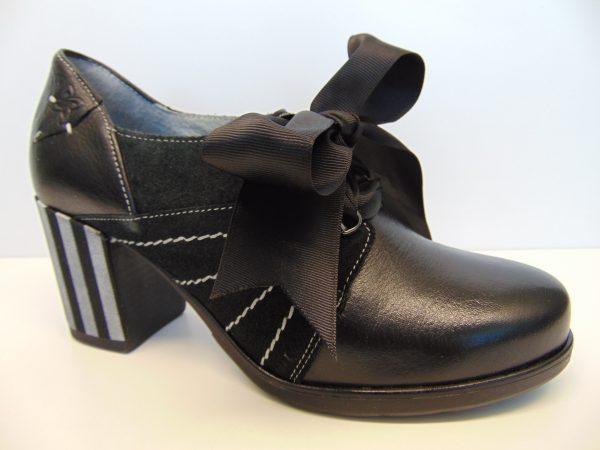 Półbuty Maciejka 03655-21 czarne