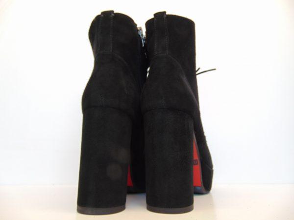 Botki Nessi 18440-19 czarne