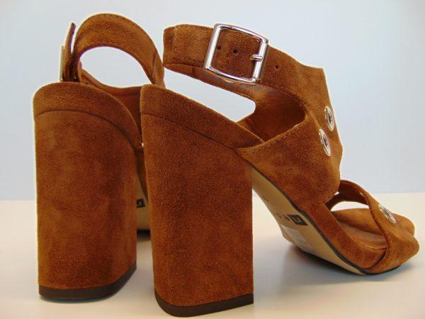 Sandały Nessi 19566-W skóra camel