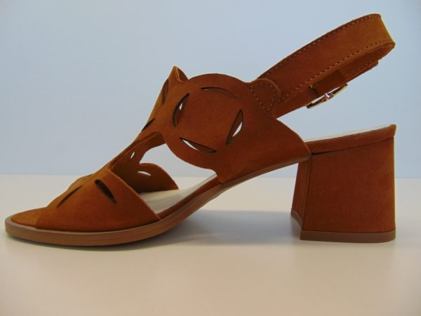 Sandały Nessi 19568-11 skóra camel