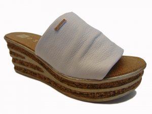 Klapki Nessi 19535-142 koturn skóra białe