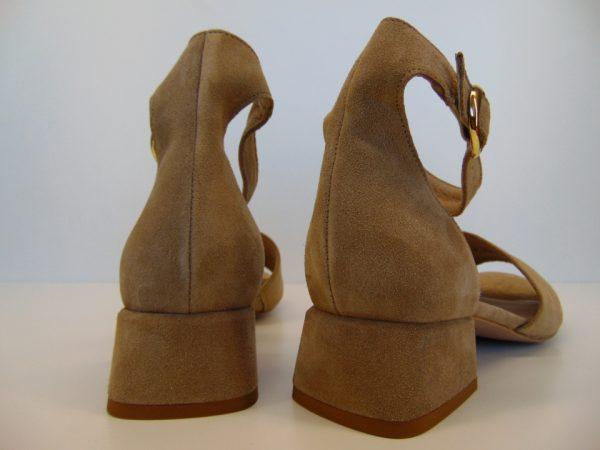 Sandały Ryłko 3MFE9T1VN7F beżowe
