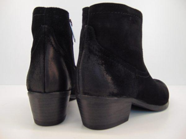 Kowbojki botki Carinii B5159 skóra czarny