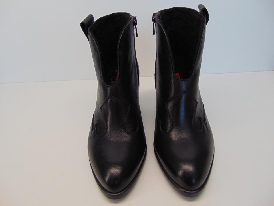Botki kowbojki Nessi 19642 skóra lico czarne | Buty damskie