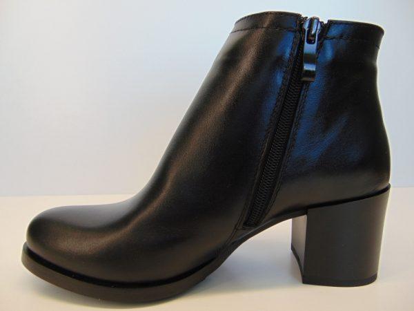 Botki Gamis 3802 skóra licowa czarne