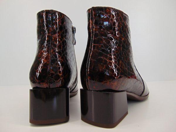 Botki Gamis 4004 E3 skóra lakierowana czarne
